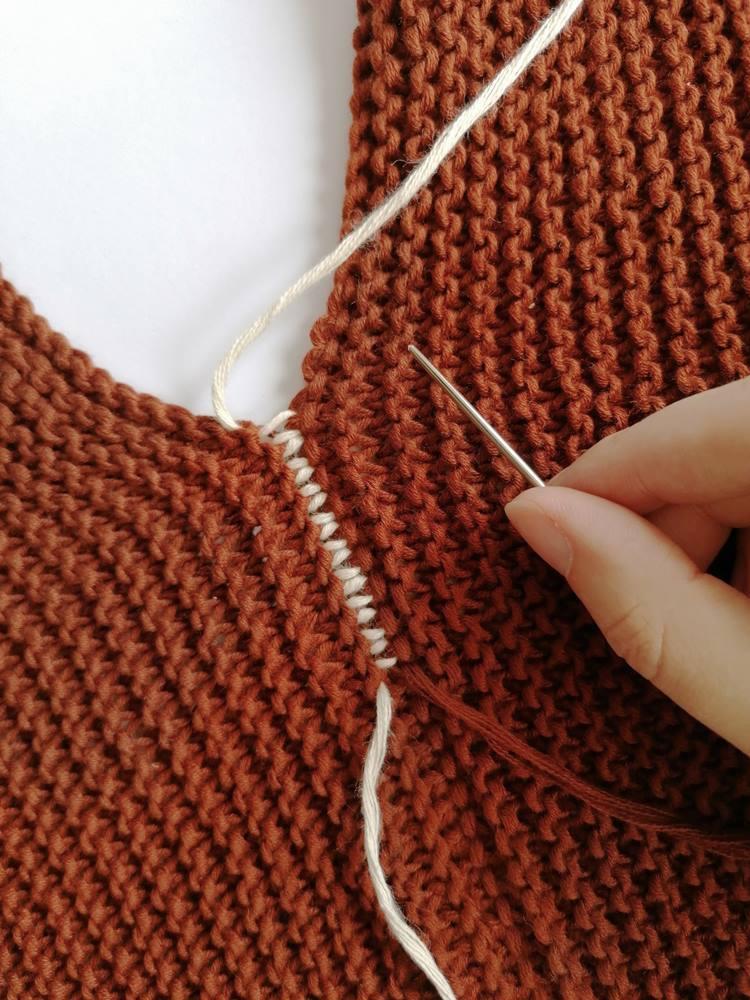 jak zszyć sweter na drutach?